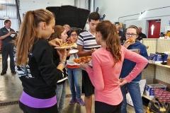 Staff-volunteers-enjoy-lunch